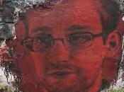 Première intervention vidéo-conférence d'Edward Snowden Français.