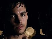 Comic-Con 2015 Damon s'embrassent dans trailer parodie Vampire Diaries
