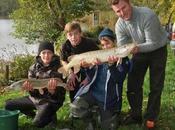 Séjour pêche Toussaint pour jeunes ados, acte