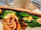 Sandwiche tapenade poivrons rouges, artichauts épinards