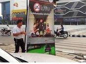 Songkran, police Chiang lance campagne poulet fait flop