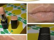 Friday Lipstick: jolie bouche nude grâce Revlon