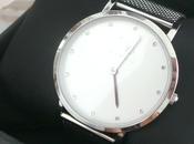 jolie montre Victoria bijoux