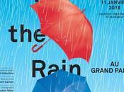 rame dans pluie Grand Palais
