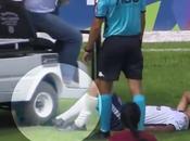 joueur foot fait rouler pied Video