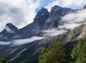 Trollveggen plus haute paroi rocheuse verticale d'Europe