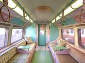 rame métro Londonien plongée dans 60's