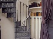 Tommette ancienne dans maison moderne, idée déco salon salle manger