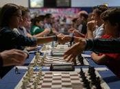joueurs d'échecs toute planète vont s'affronter