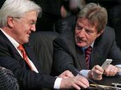 Bernard Kouchner aussi iPhone